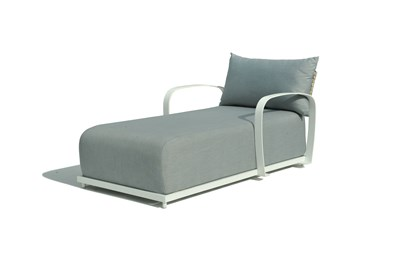 Windsor chaise daybed